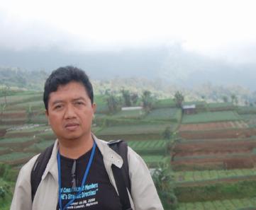 Mulyono Sardjono (YIS Surakarta, Indonesia), global education magazine
